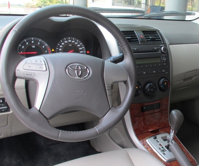 toyota-altis-1-8-at-2010-2