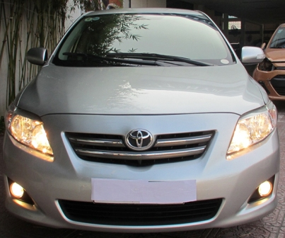 toyota-altis-18-at-2010