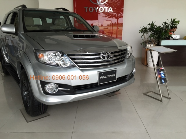 toyota-fortuner-may-dau