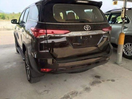 xe-fortuner-2016